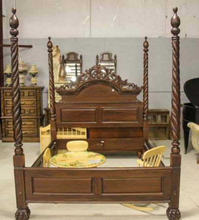 0454 Queen Size Heavily Carved Mahogany Four Poster Bed
