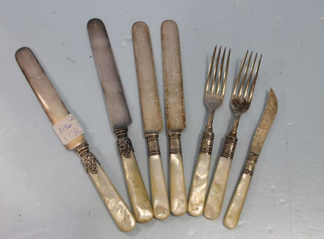 0136 six mother of pearl handled flatware with sterling bands second may online 2016 - Pearl handled flatware ...