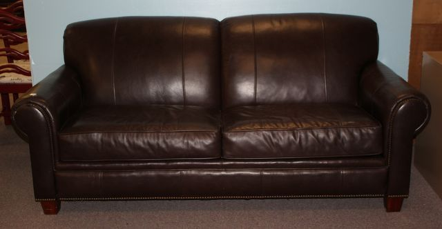 0757 broyhill leatherette sofa with two cushions may for Broyhill chaise lounge cushions