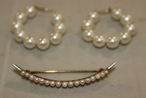 A 14K Yellow Gold Crescent Shaped Seed Pearl Pin with a Pair of Pearl Earrings
