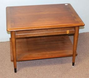 Lane Furniture Mid Century Modern Side Table with Drawer