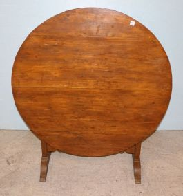 Primitive Handmade Tilt Top Round Table
