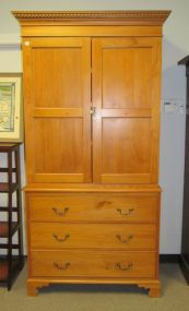 English Style Bracket Foot Linen Press