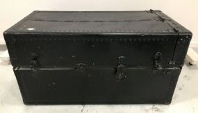 Black Painted Streamer Luggage Trunk