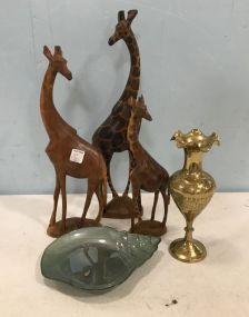 Giraffe Decor and Vase