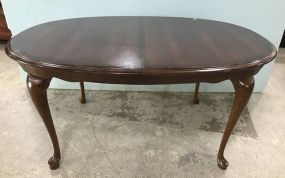 Broyhill Queen Anne Style Dining Table