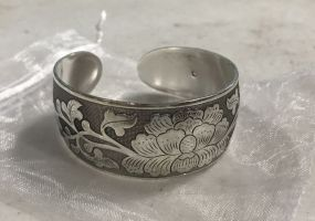 Etched Silver Tone Floral Pattern Cuff Bracelet