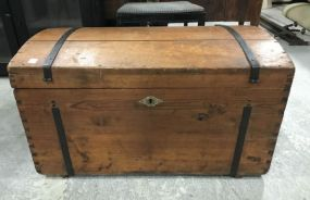 Early Primitive Storage Trunk