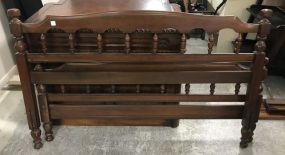Early American Style Full Size Bed