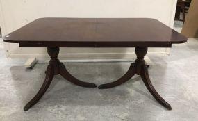 Vintage Mahogany Duncan Phyfe Dinning Table