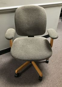 Rolling Office Arm Chair