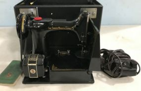 Singer Portable Electric Sewing Machine 221-1