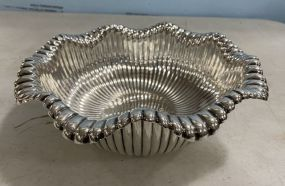 Rand & Crane Sterling Silver Scalloped Rim Ribbed Serving Bowl