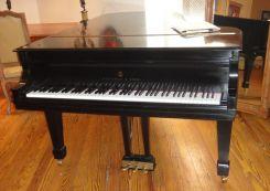 Steinway Concert Grand Piano   Model B