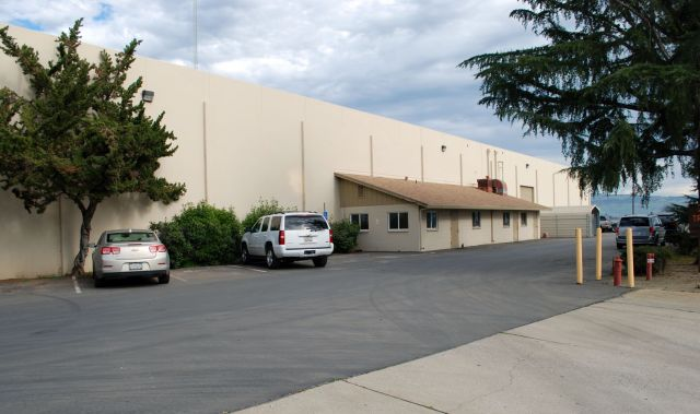 Flatbed Truck Services California Parking.jpg