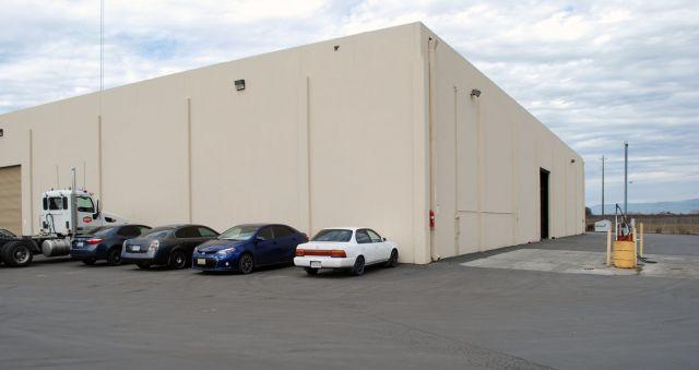 Flatbed Truck Services California Exterior 2.jpg