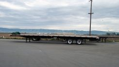 Flatbed Truck Services California Trailers.jpg